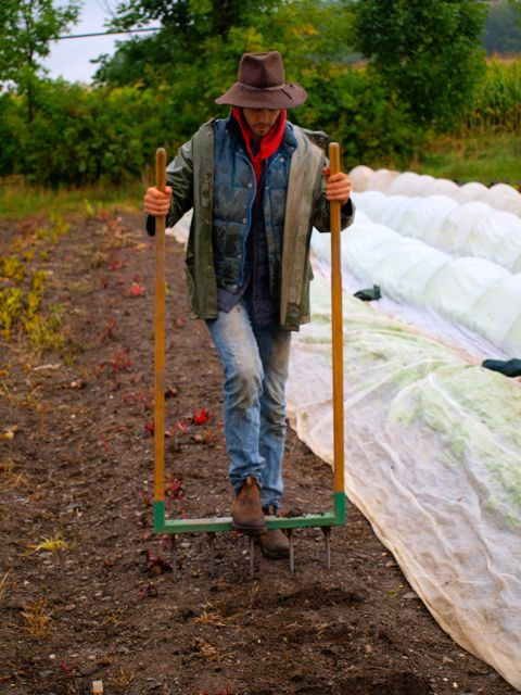 Jean-Martin demonstrating the use of a broadfork